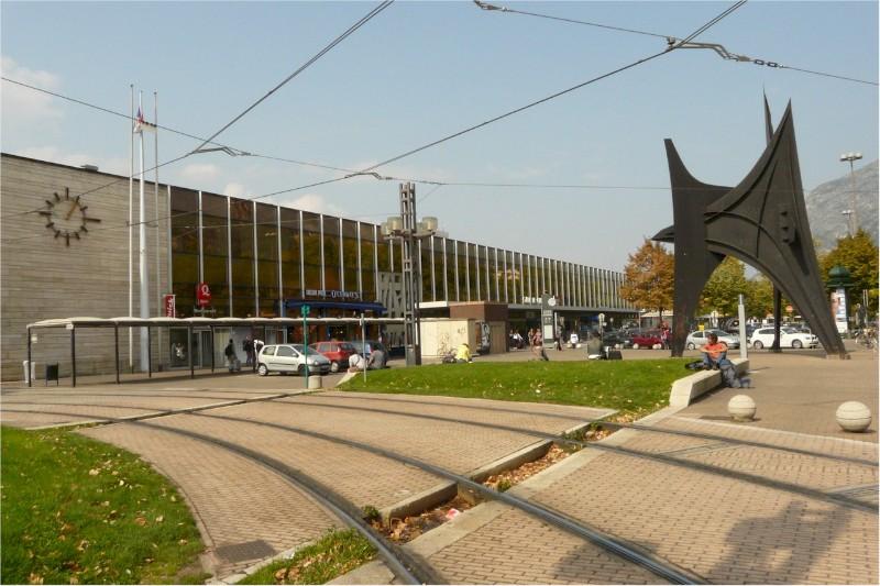 Grenoble-train-station