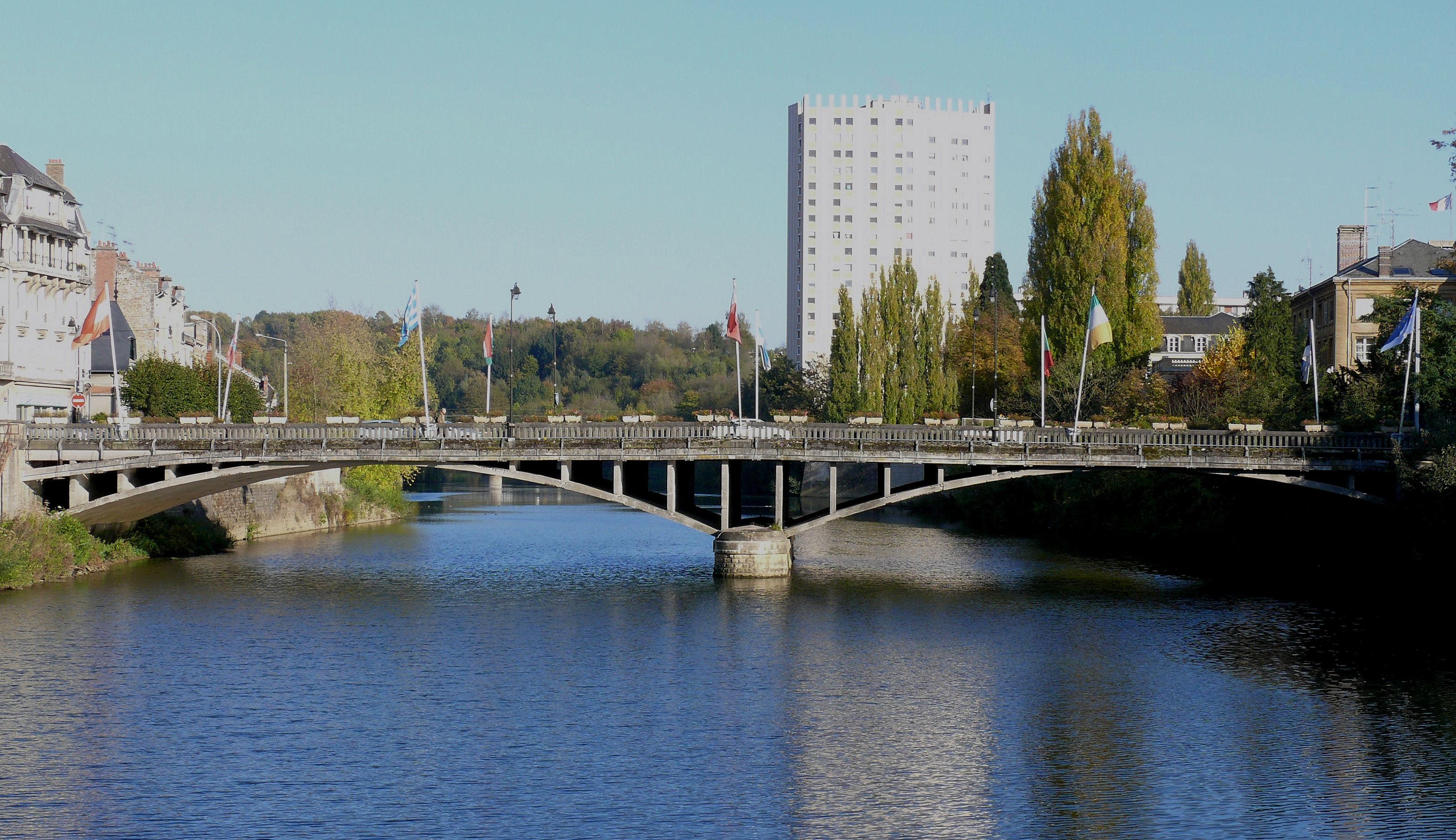 Charleville-Mezieres-Pont-d-Arches