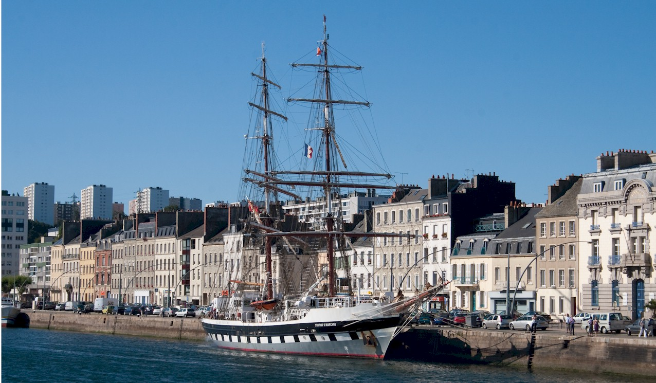 Cherbourg-Harbour-with-the-Stavros-S-Niarchos