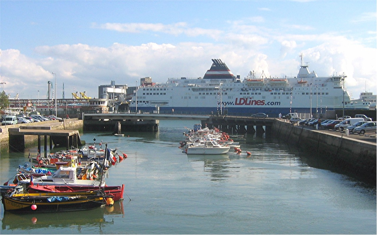 Le-Havre-ferry-port