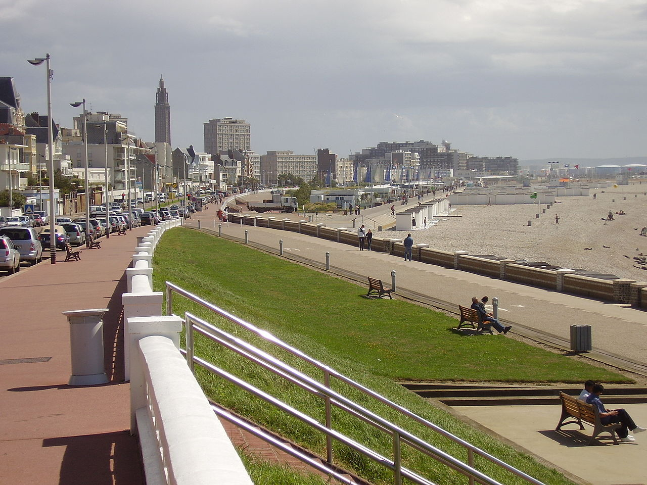 Le-Havre-seafront-beach