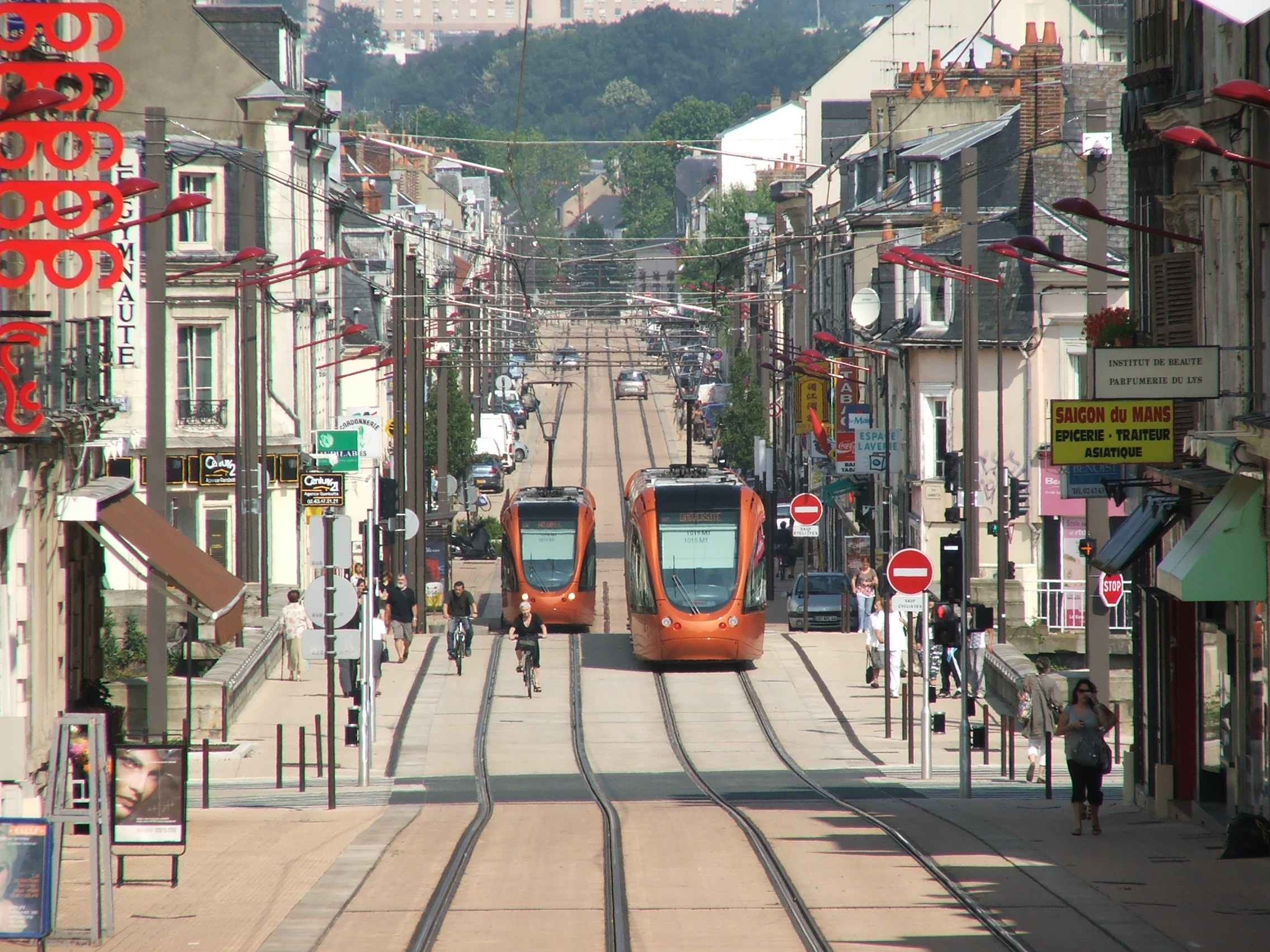 Le-Mans-Rue-Gambetta
