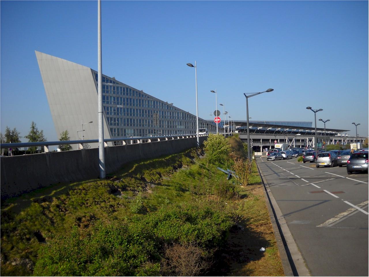 Lille-Lesquin-International-Airport