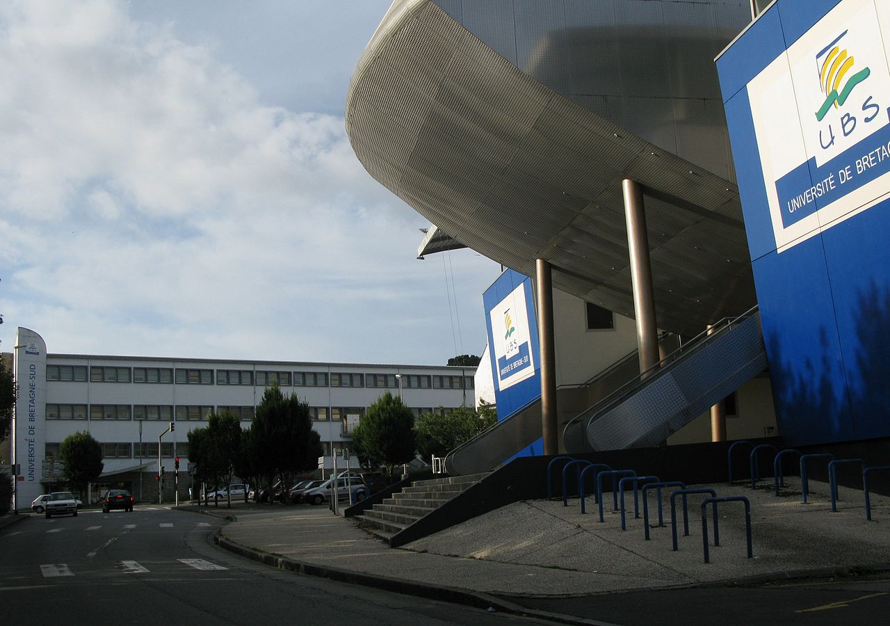 Lorient-University-Southern-Brittany--Science-Humanities