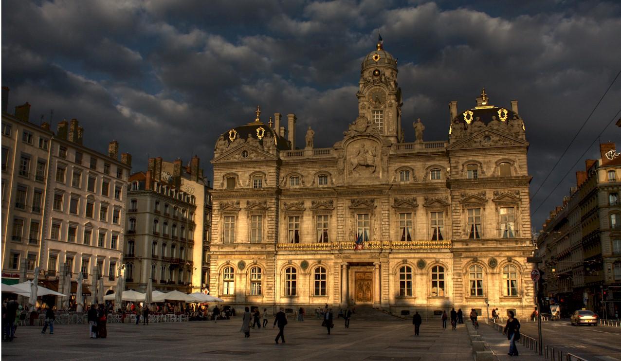 Lyon-Town-Hall