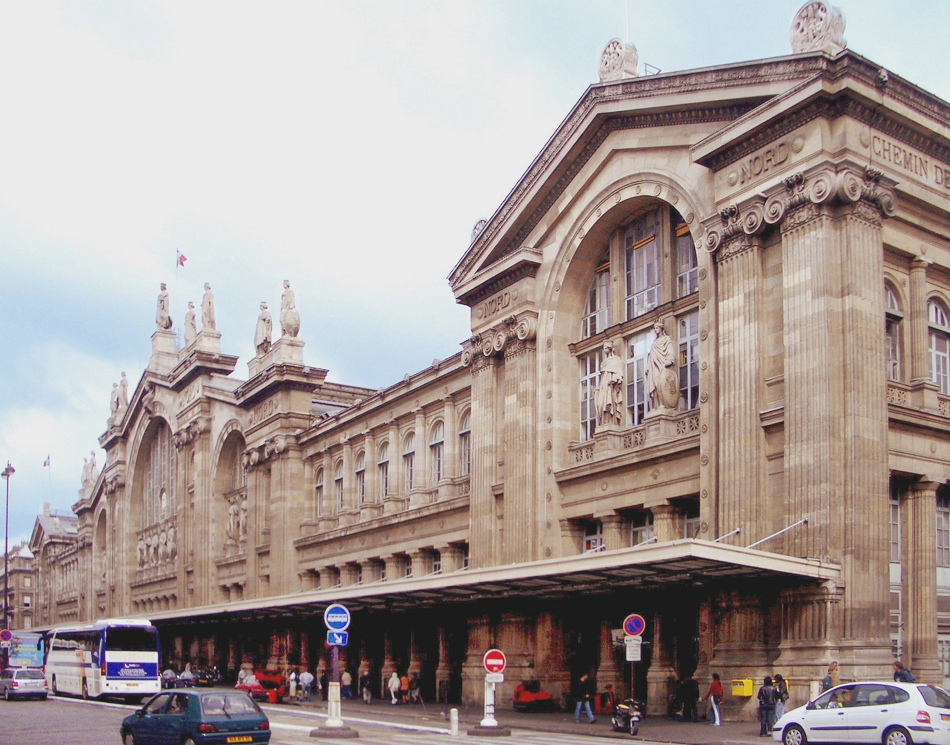 Paris-Gare-du-Nord-train-station