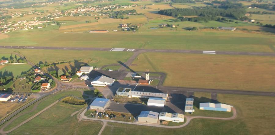 Roanne-Renaison-airport