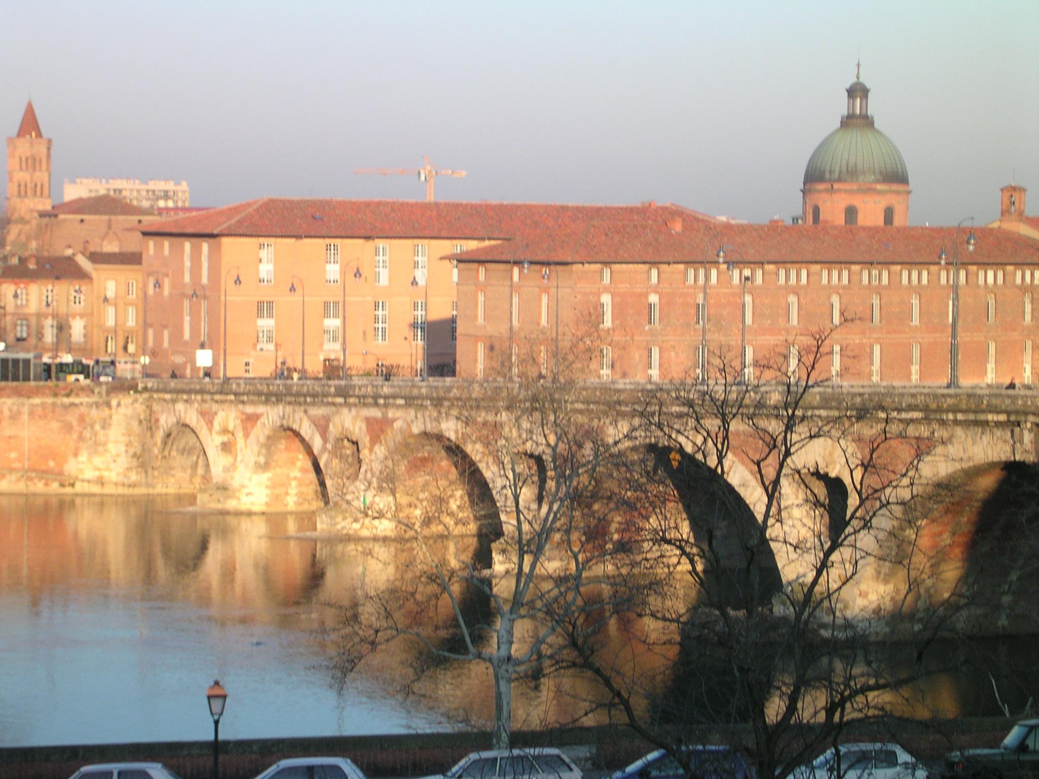 Toulouse-quai-de-tounis-pont-neuf