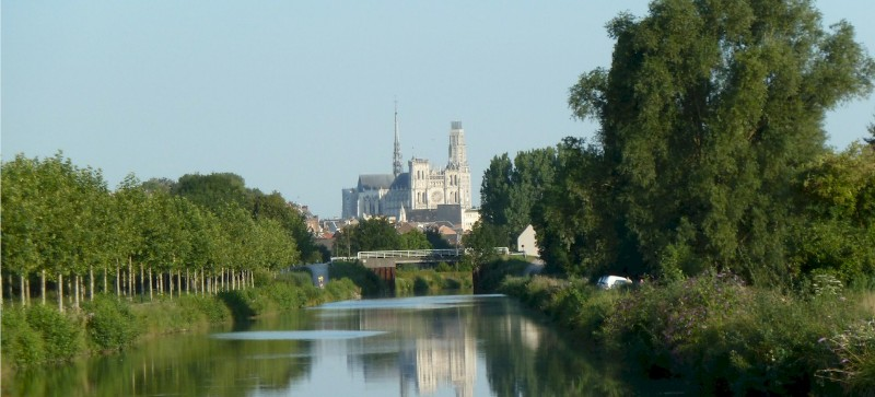 Amiens-and-the-Somme-river