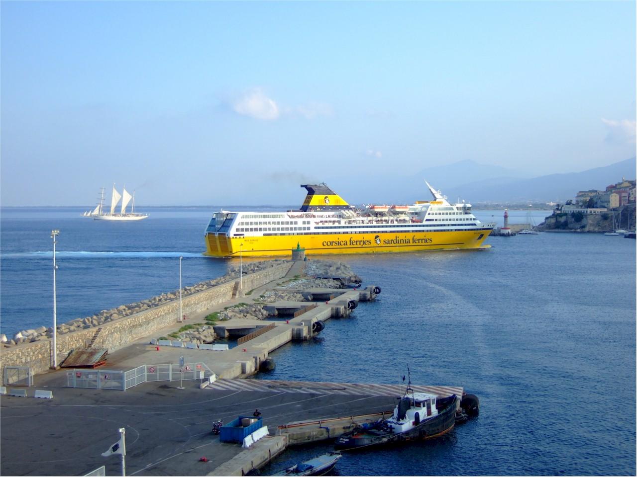 Corsica-Ferries-Mega-Express-Bastia