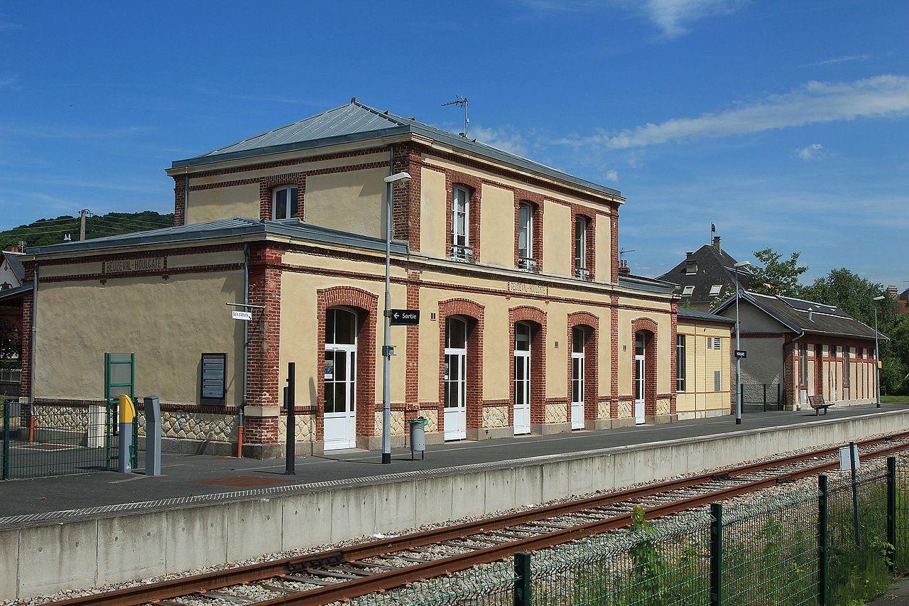 Houlgate-train-station