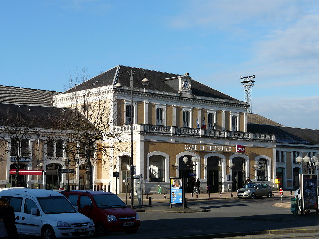 Perigueux-train-station