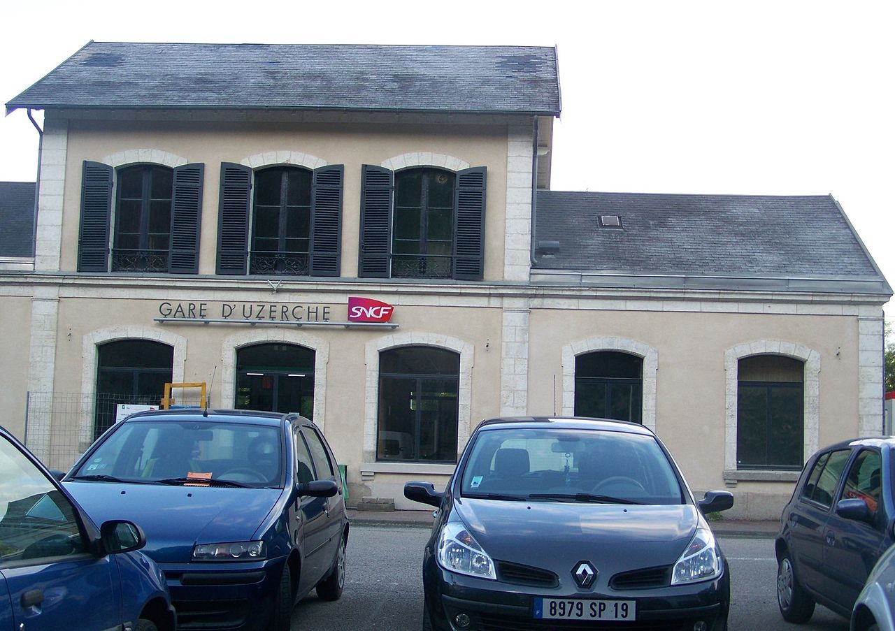 Uzerche-train-station