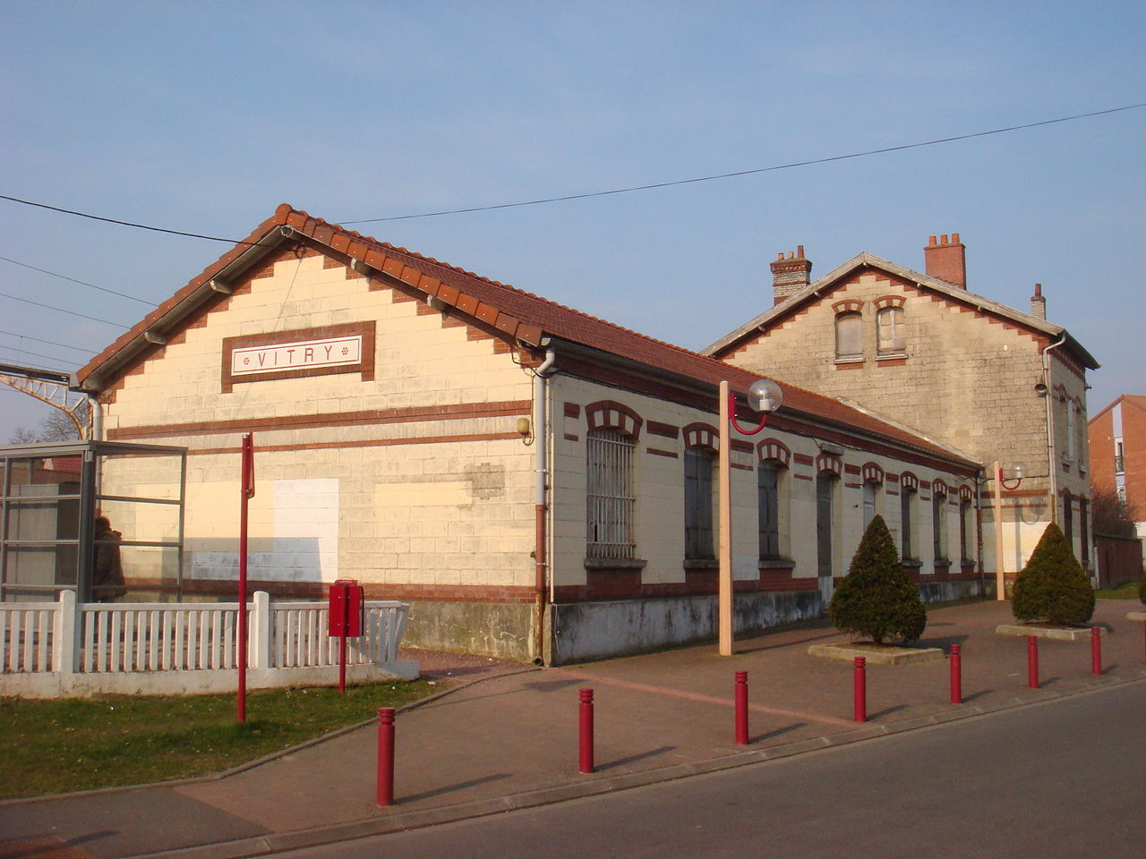 vitry-en-artois-train-station