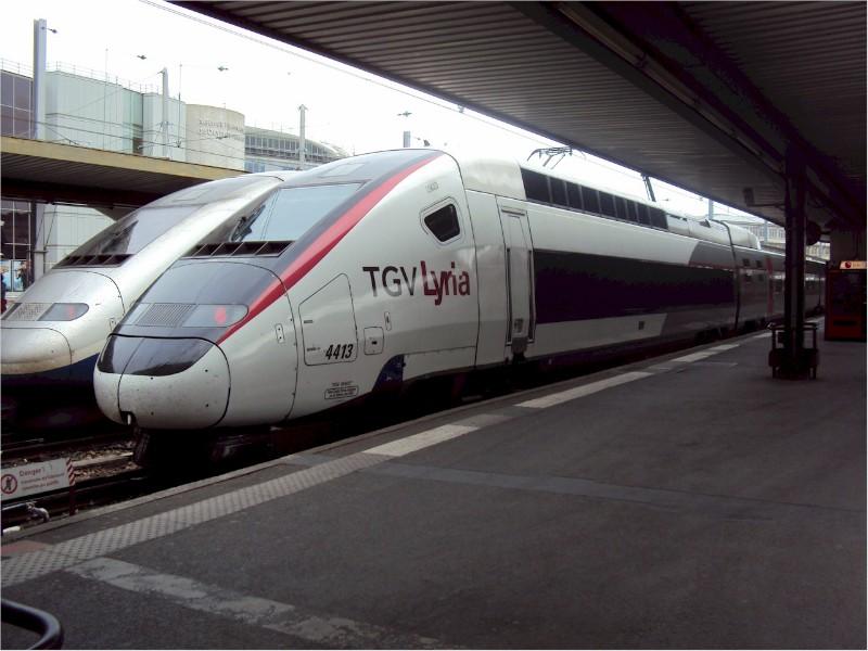 1887_TGV-Lyria-Carmillon