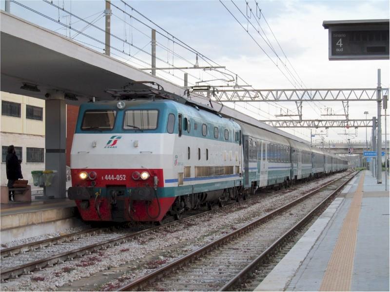 1913_Trenitalia-Intercity-Brindisi