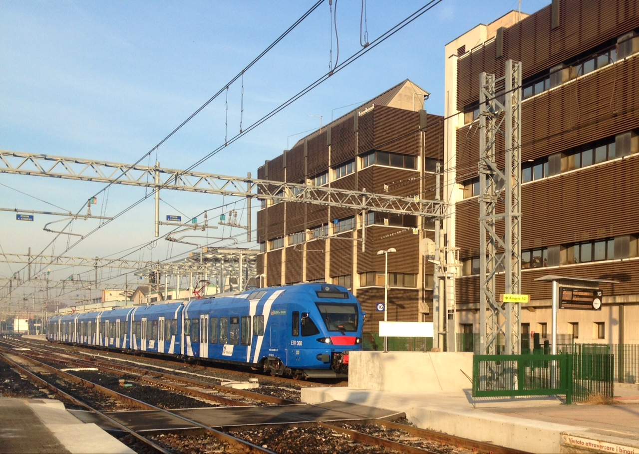 Trenitalia-regional-train
