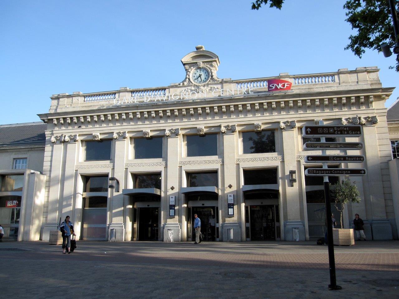 gare-d-avignon-centre-train-station