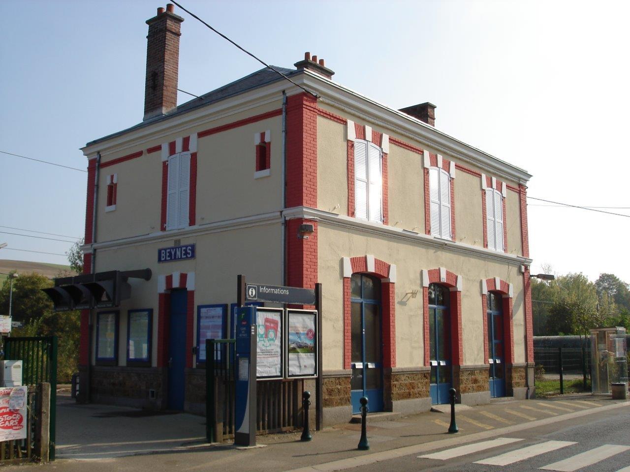 gare-de-beynes-train-station