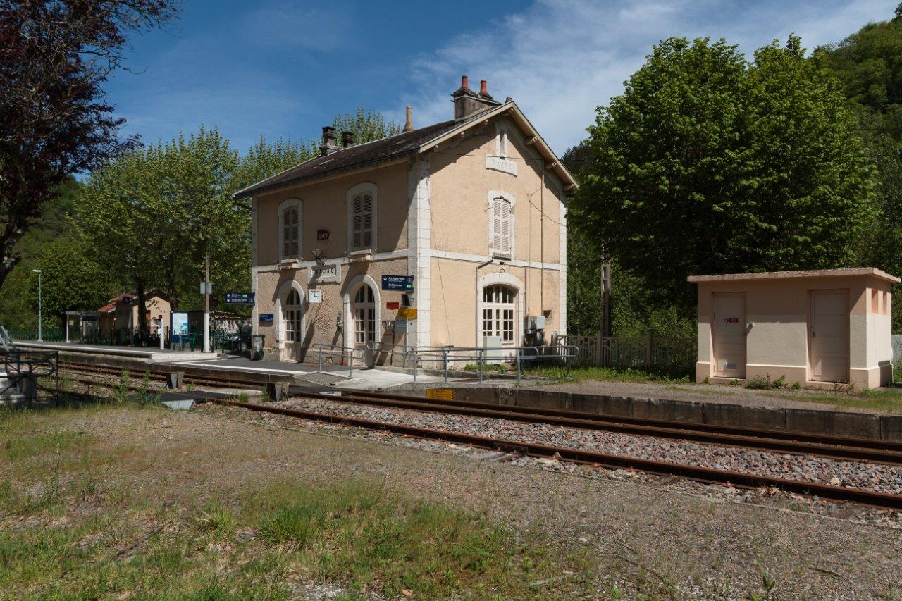 gare-de-najac-train-station
